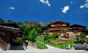12J0240 Oostenrijk Tirol Alpbach 120711